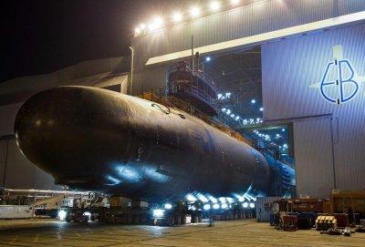 USS North Dakota commissioned