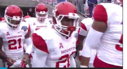 Houston rallies to stun Pittsburgh in Armed Forces Bowl