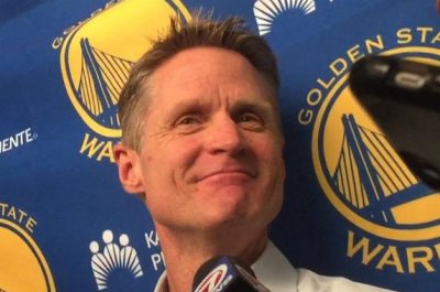 Steve Kerr compares Steph Curry and Kevin Durant to Michael Jordan and Scottie Pippen