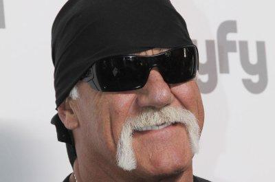 Hulk Hogan in talks with WWE again, rumored to return