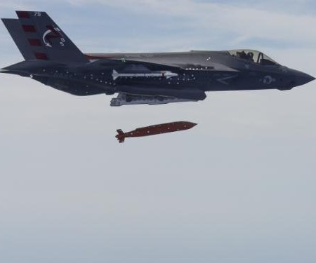 Raytheon receives $10.7M contract for JSOW bombs