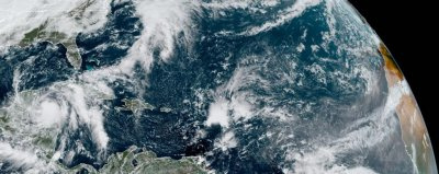 Tropical Storm Zeta to become hurricane Monday; on path toward U.S.
