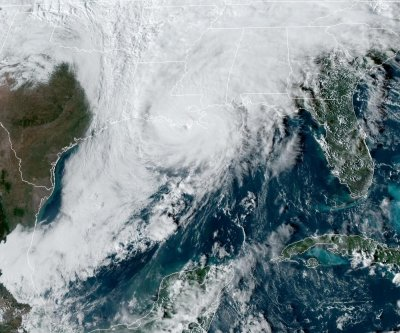Hurricane Zeta nears landfall in Louisiana