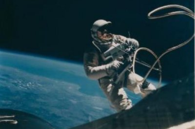 Trove of rare NASA photos of 'golden age of space exploration' up for auction