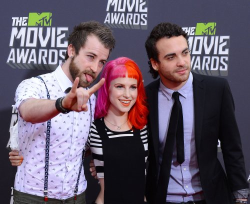 Paramore's self-titled album tops U.S. album chart