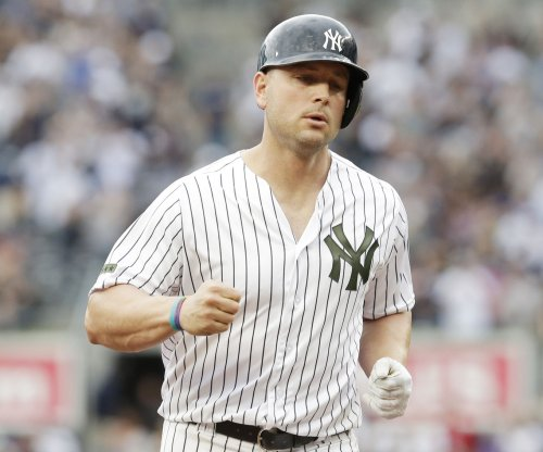 New York Yankees place DH Matt Holliday on DL with back issue