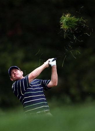 PODS suspended in 2nd round; Maggert leads