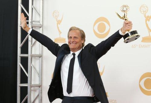 HBO renews 'The Newsroom' for final season