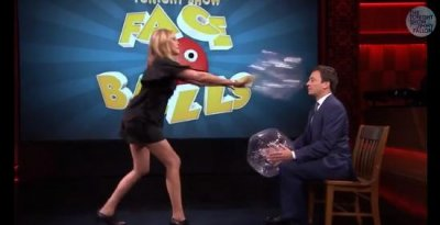 Julia Roberts beats Jimmy Fallon at 'Face Balls'