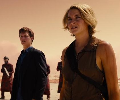 Shailene Woodley stars in full-length 'Allegiant' trailer