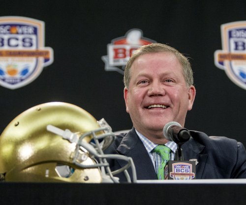 Notre Dame football: Fighting Irish land prized QB from Class of 2018