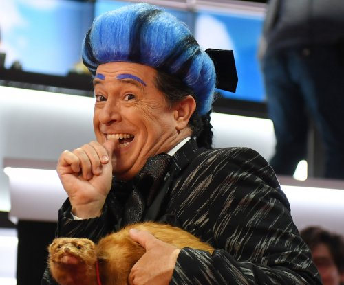 Stephen Colbert steals stage at RNC, mocks Donald Trump