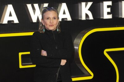 Fisher, Grant, Russell to appear in 'Star Wars IX' next year