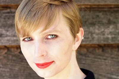 Australia moves to ban Chelsea Manning visit