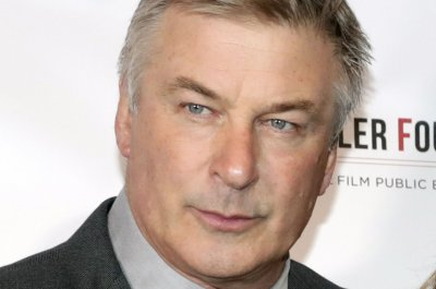 Alec Baldwin pleads guilty in parking dispute case