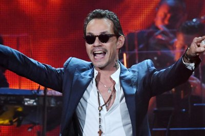 Marc Anthony, Romeo Santos to perform at Billboard Latin Music Awards