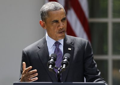 Obama urges Senate to pass compromise immigration bill