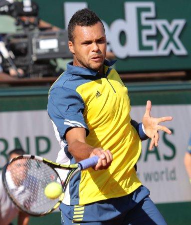 Defending champion Tsonga into Moselle Open quarterfinals
