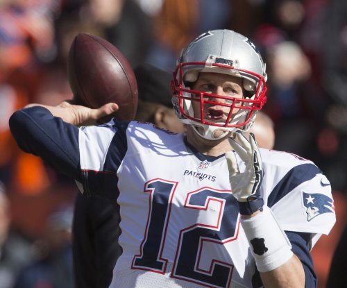 Tom Brady's lawyer, DeMaurice Smith comment on petition filed to rehear suspension ruling