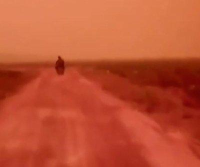 Wildfire, haze phenomenon turns Indonesia skies red