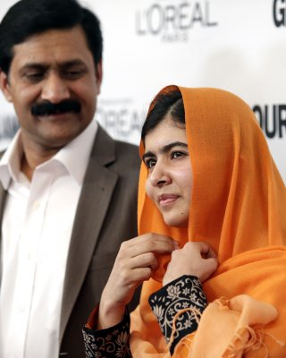 Malala's father welcomes news of assailants' arrest