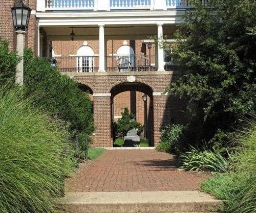 Virginia Supreme Court slows planned closure of Sweet Briar College