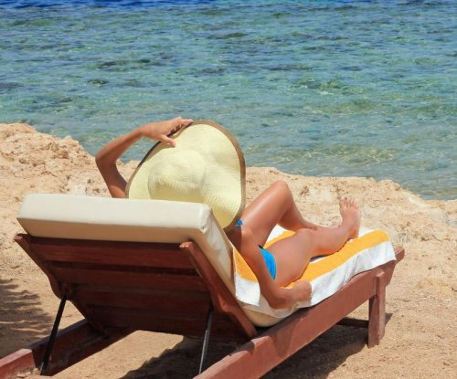 Study: Experience, empowerment fuel women's vacation sexual risk-taking