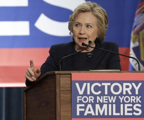 Hillary Clinton proposes new federal agency to help immigrants