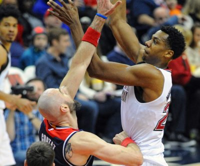 Los Angeles Lakers pursuing free agent Hassan Whiteside
