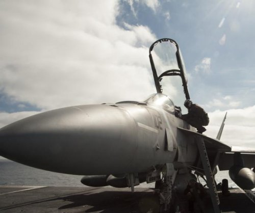 Canada considers buying 18 F/A-18 Super Hornets