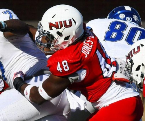 Northern Illinois Huskies linebacker Antonio Jones-Davis suspended for eye-gouging player