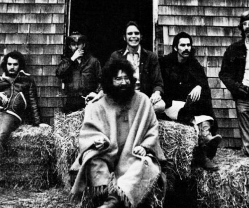 Tickets for Grateful Dead reunion being sold for nearly $15,000