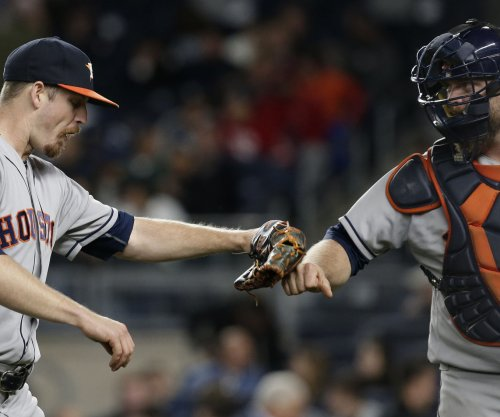 Houston Astros outslug Oakland A's