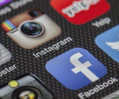 Facebook integrates Messenger and Instagram