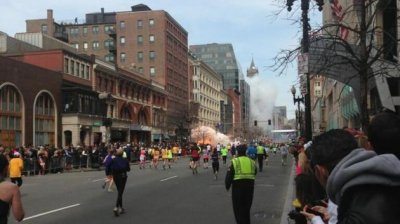 Mystery man on roof near Boston Marathon bombing sparks controversy
