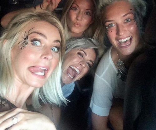 Julianne Hough flashes her engagement ring