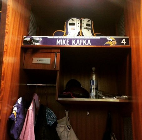 Minnesota Vikings put QB Mike Kafka on IR