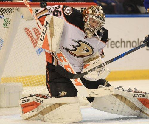 Anaheim Ducks G John Gibson stellar in shutout of Chicago Blackhawks