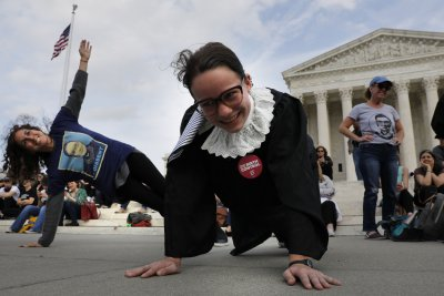 Supporters 'plank like RBG' to honor Ruth Bader Ginsburg's 86th birthday