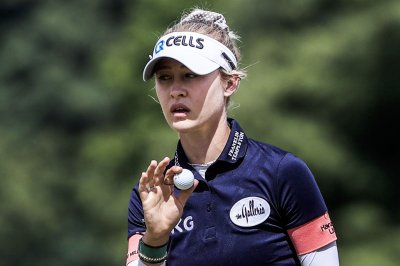 USA's Nelly Korda hangs onto late lead in Olympic golf tournament