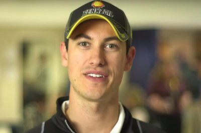 Joey Logano stays hot with pole run at Martinsville
