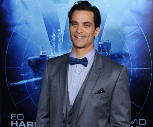 Johnathon Schaech joins 'Legends of Tomorrow' as Jonah Hex