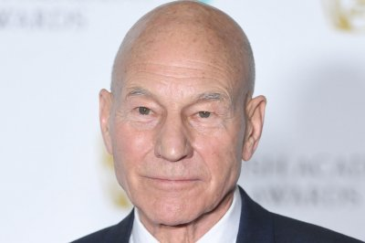 Patrick Stewart returns in first 'Star Trek: Picard' teaser
