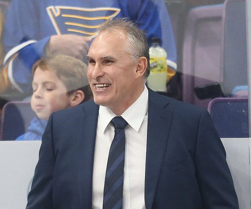 Craig Berube signs three-year extension to remain with St. Louis Blues