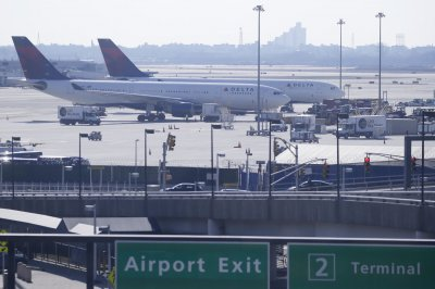 Escaped cat found after three weeks wandering around JFK airport