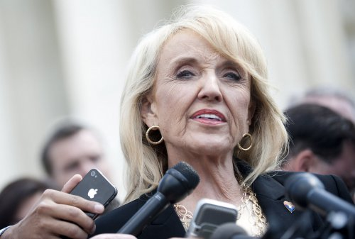 Gov. Brewer sets push to expand Medicaid