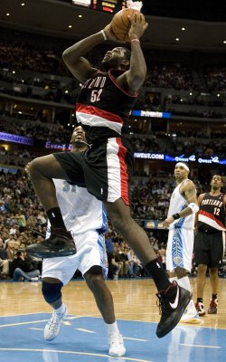 Knee injury ends Greg Oden's season