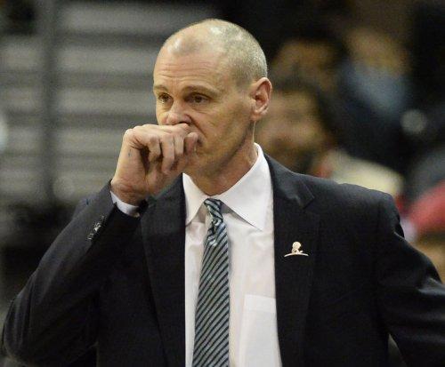 Mavs' Carlisle lands five-year extension