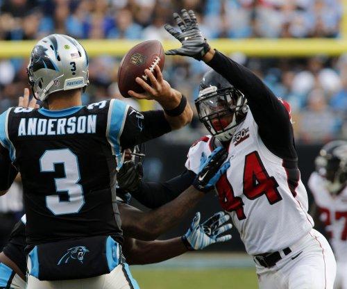 Atlanta Falcons LB Vic Beasley Jr. exits vs. Green Bay Packers with hamstring injury