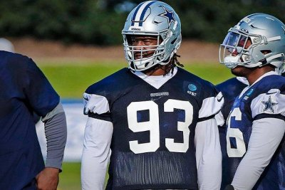 Dallas Cowboys' Gerald McCoy out for season due to ruptured quad